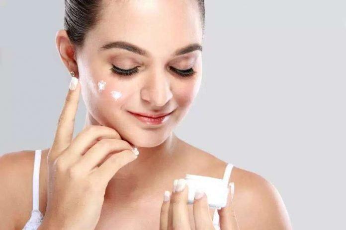 Dermatólogo de las famosas ofreció algunos consejos para cuidar la piel