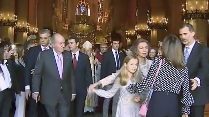 Reina Letizia no le importo el protocolo y tangana con la suegra