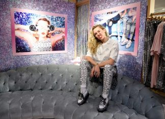 Miley Cyrus diseña converse y estarán en Bershka
