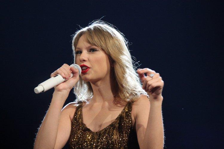 Taylor Swift perdona algunas